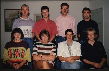 Foto reunie 1ste klas Tweede van Rechts. Bovenste rij
